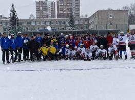 Чемпионат Республики Башкортостан по хоккею с мячом  на кубок компании «Башторгсервис»-452-1352496040